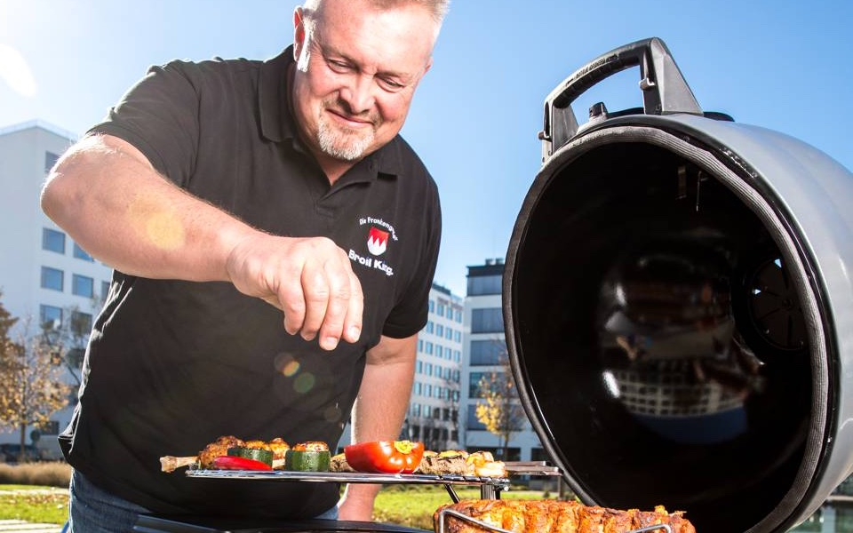 Közösségi grillnap egy nemzetközi sztárséffel