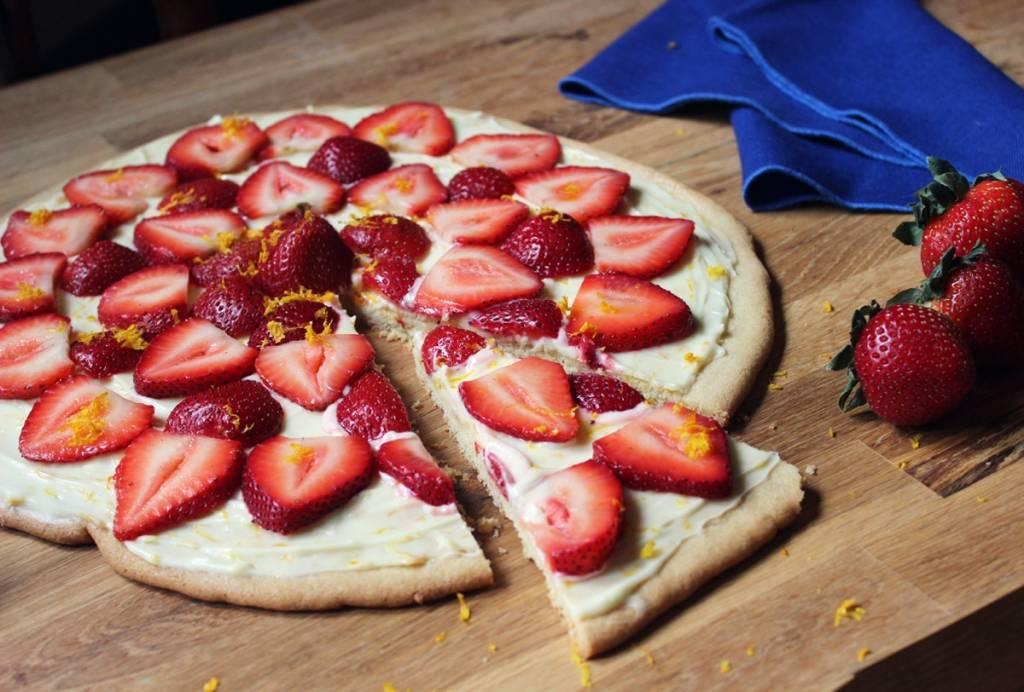 Gyümölcs pizza