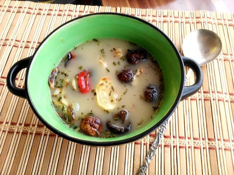 Grillezett tárkonyos-tejszínes csirkeleves sült zöldségekkel