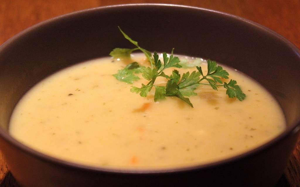 Édesburgonya és sütőtök leves