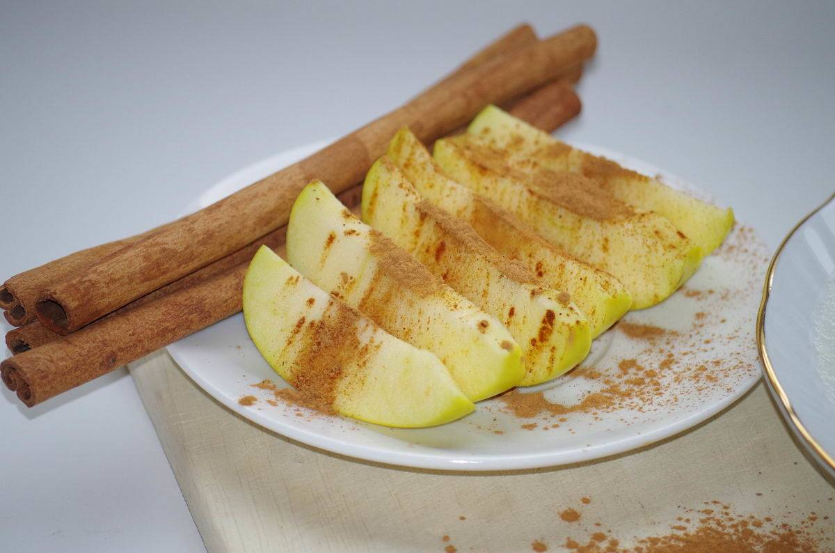Grillezett fahéjas alma