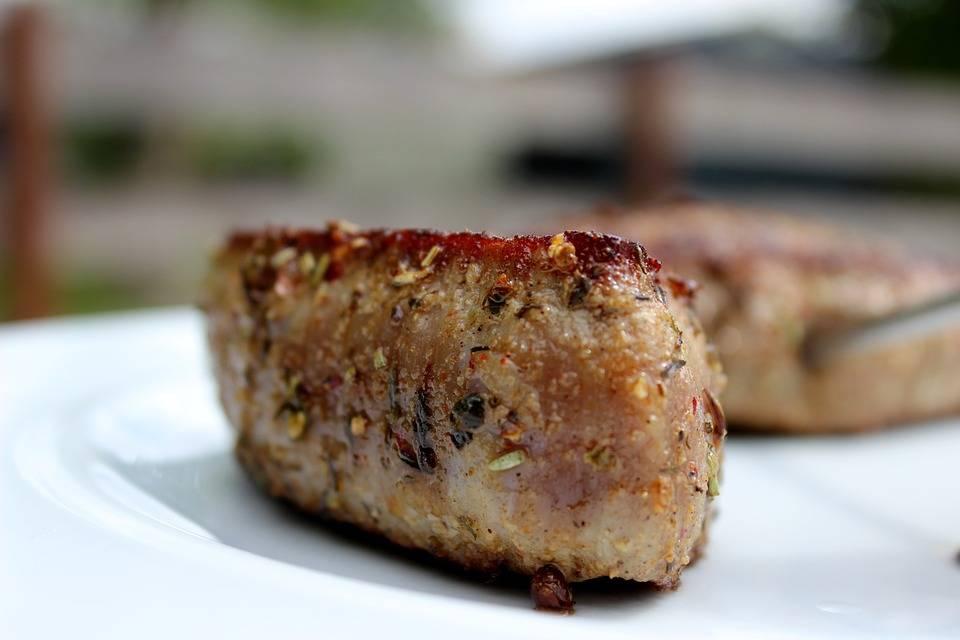 Kurkumás grillszelet sertésből