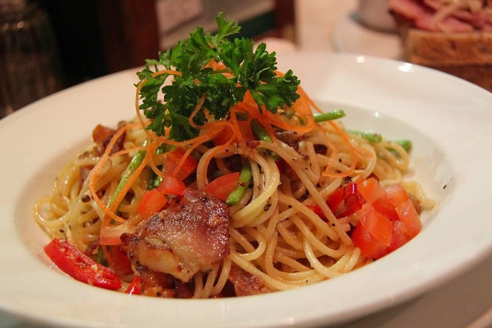 Grill csirkés spagetti