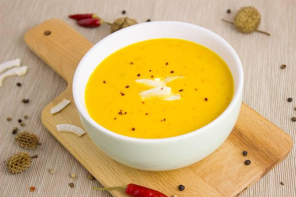 Kókuszos sütőtök leves