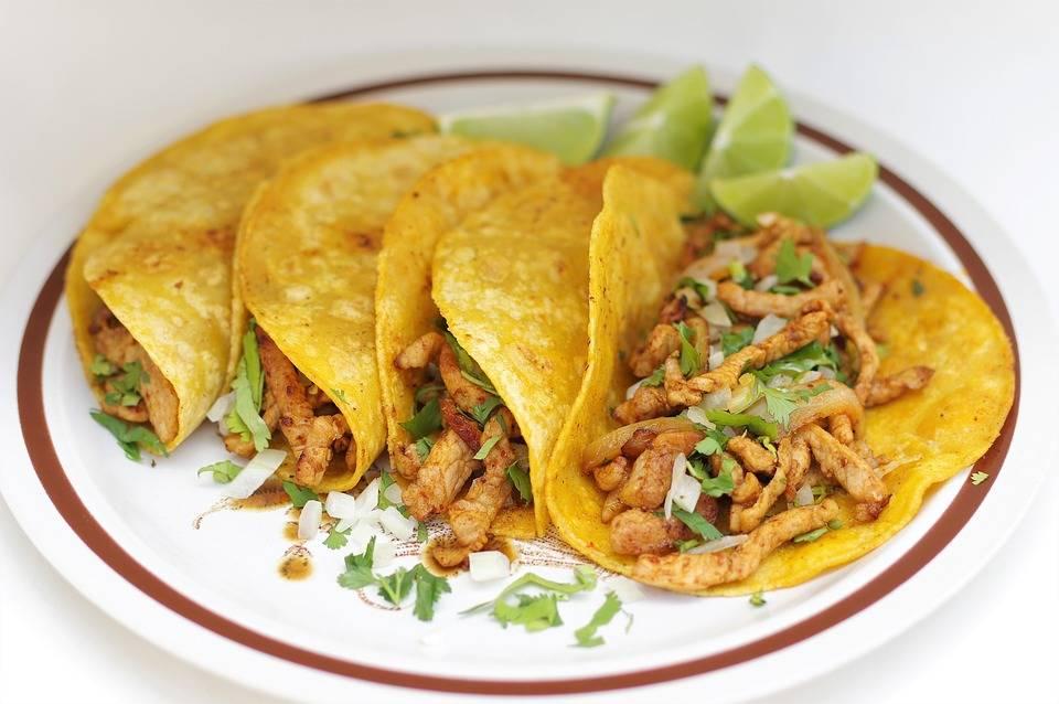 20 perces BBQ csirke taco
