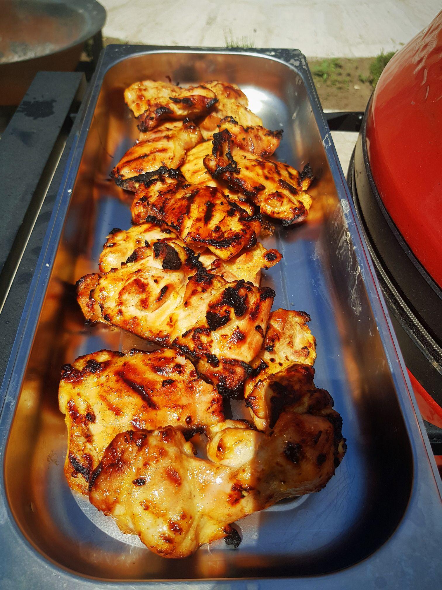 Mézes mustáros csirke Kamado Joe grillen