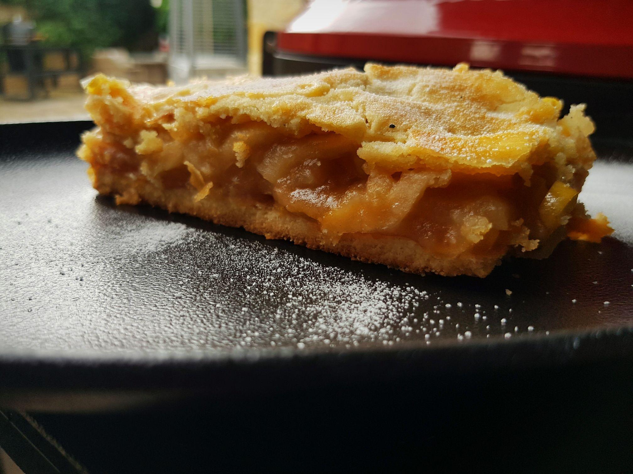 Almás pite Kamado Joe grillen