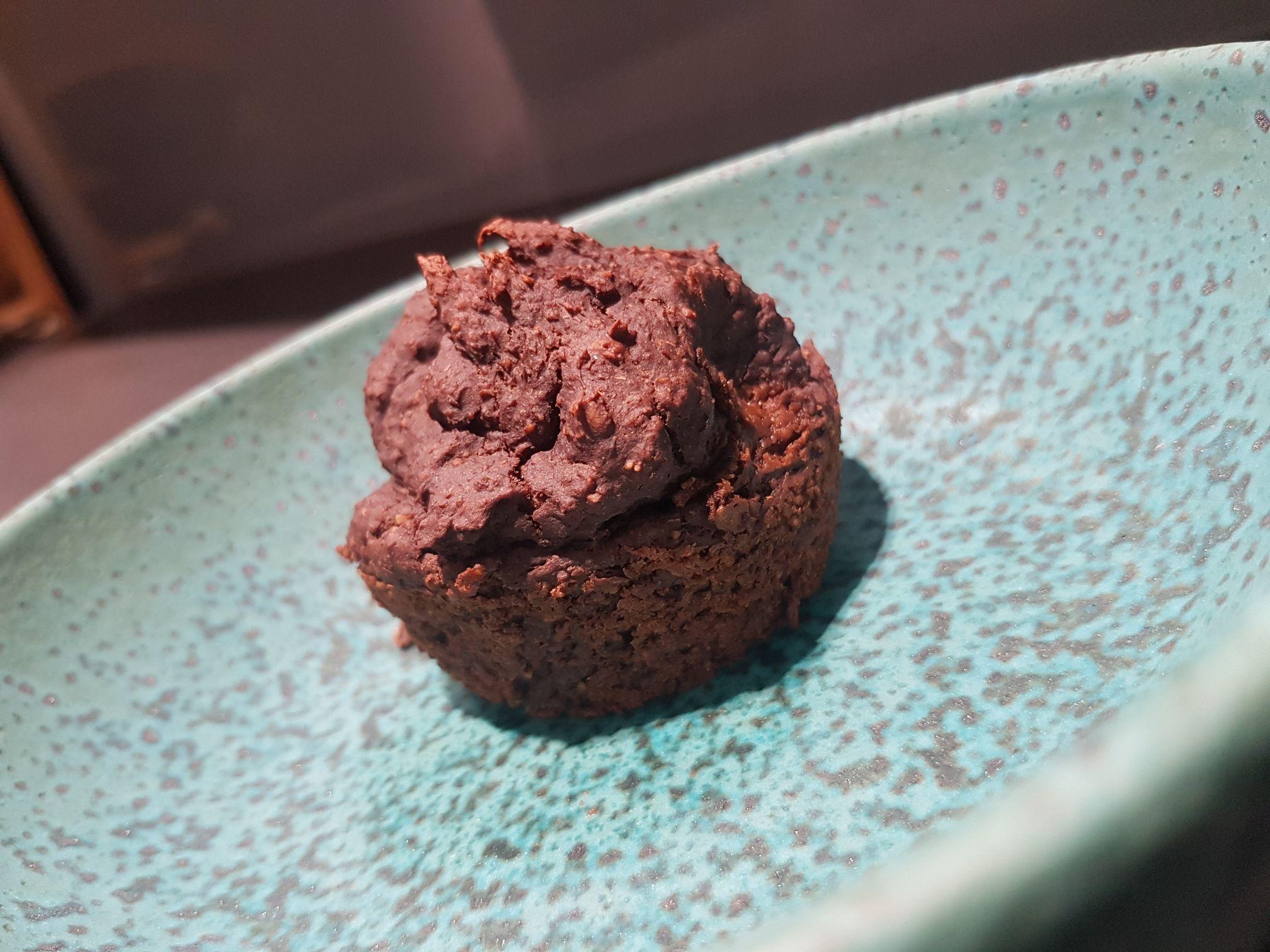 Paleo brownie Kegben sütve