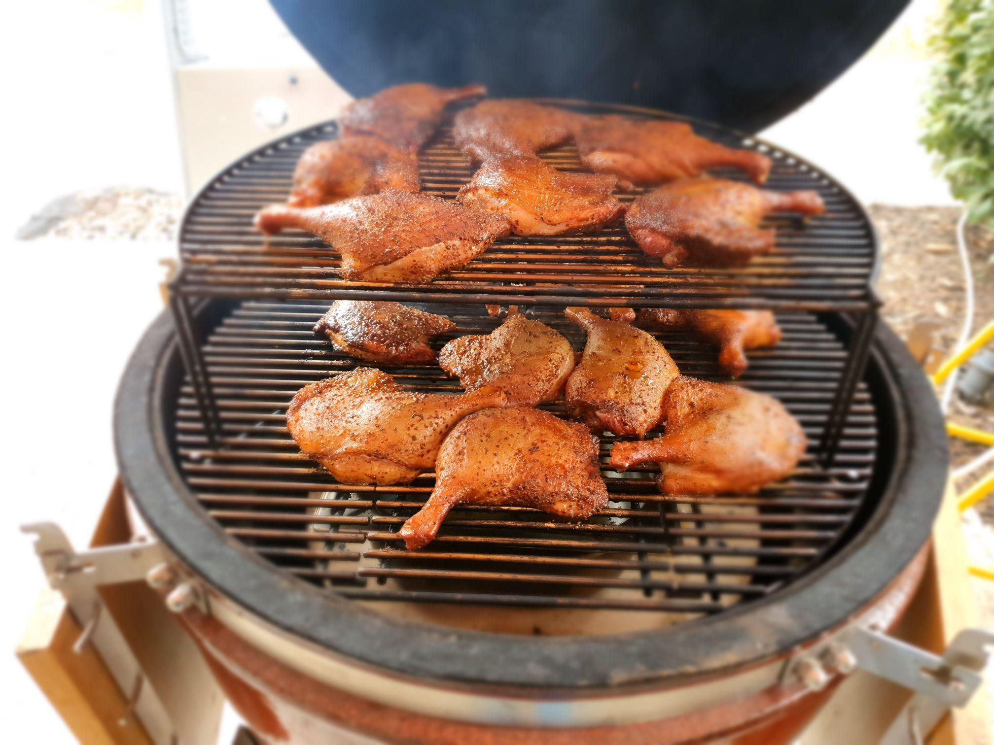 Pulled duck szendvics Kamado Chef grillen