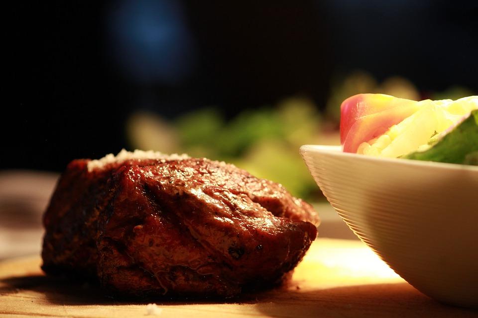 Bölény steak krumplival