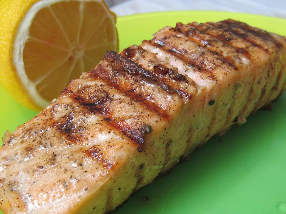 Gyömbéres, citrusos grillezett lazac
